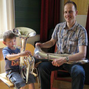 Euphonium Markus Hauenstein Instrumentendemonstration ausprobieren